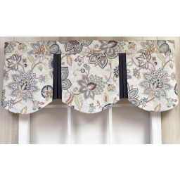 Pleated Scalloped Valance - Bella Silver